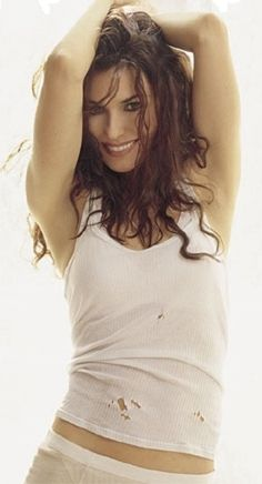 Shania Twain 36D-24-35  music album Up! 2002 at 37 yrs.