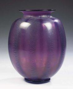 SERICA 14, A PURPLE GLASS VASE A.D. COPIER FOR LEERDAM, 1928