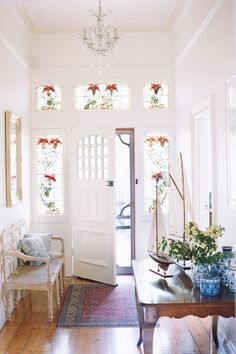 33 Super Ideas For Front Door Australia Stained Glass Foyer Furniture, Edwardian House, Glass Front Door, Interior Decorating, Interior Design, My Dream Home, Interior Inspiration, Hallway Inspiration, Decoration