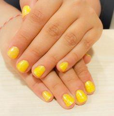 Perfect summer nails. nails, short nails, yellow, glitter