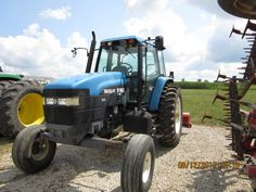 New Holland 8160 cab tractor
