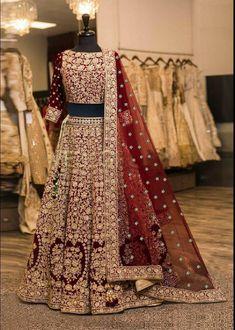 Designer Bridal Lehenga, Indian Bridal Lehenga, Pakistani Wedding Dresses, Sabyasachi Designer, Lehenga Choli Wedding, Pakistani Wedding Outfits, Indian Bridal Outfits, Ghagra Choli, Sharara