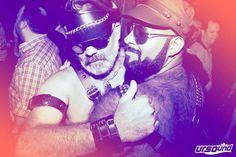 Já no Clima da Parada LGBT preparamos duas edições especiais da #UrsoundPride: ---------------------------------------------------------------------------------- Nesta Sexta-Feira 27 de Maio 23h - #UrsoundPride no Hotel Cambridge - R. João Adolfo 126 Venha fazer parte da festa que acolhe os ursos e seus diversos admiradores do país e do mundo em SP! 2 Pistas c/ novo sistema de som e luz 15 DJ's 6 Bares 2 Lounges além do som mais democrático da cidade. No som: André Pomba Sérjô x Thiago Peira…