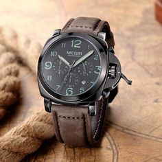Argus - Analog watch with Leather band
