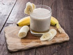 10 Slimming Smoothie Recipes: Peanut Butter and Banana Smoothie