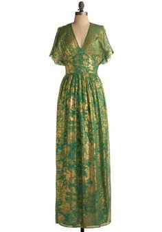 Gilded Emerald Dress by Traffic People via Modcloth Dress Out, Mod Dress, Dress Skirt, Vintage Inspired Dresses, Vintage Dresses, Vintage Outfits, Emerald Green Dresses, Green Bridesmaid Dresses, Coco Chanel