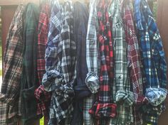 Mystery flannel shirt. Order the size you normally wear in clothes. If you order larger, it may be too big. Vintage label size is inaccurate, vintage sizing isn't comparable to modern sizing due to si