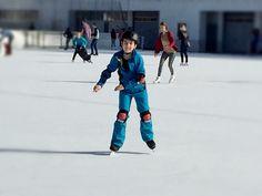 Schlittschuhlaufen: Familienspass auf dem Eis