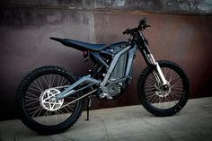 Sur-Ron Light Bee electric trail bike nails the price point Electric Dirt Bike, Best Electric Bikes, Electric Scooter, Electric Cars, Dirt Bike Gear, Dirt Bikes, Scooters, Custom Dashboard, Moped Scooter