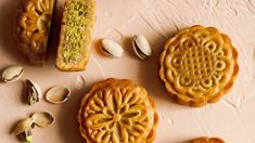 Encased in these mooncakes are a filling of coarsely ground pistachios, fragrant honey, and a generous sprinkling of salt. Asian Recipes, Healthy Recipes, Baking Recipes, Cake Recipes, Healthy Food, Pistachio Butter, Salted Egg Yolk, Orange Blossom Honey, Flavored Oils