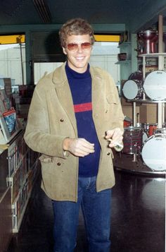 Jim Gordon, one of rock music's greatest drummers Jim Gordon, Drummers, Rock Music, Musicians, Singer, People, Photos, Music Artists, Singers