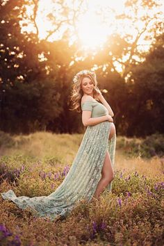 Lace Maternity Gown – Lace Maternity Dress – Maternity Photo Shoot Dress – Maternity Style – Maternity Photography – Pregnancy Photos – Short Sleeve Maternity Gown – Sweetheart Neckline Maternity Gown – Baby Shower Dress – photo shoot dress Source by Vestidos Para Baby Shower, Baby Shower Dresses, Maternity Poses, Maternity Dresses, Maternity Style, Fall Maternity Photos, Maternity Photoshoot Dress, Maternity Photo Outfits, Maternity Photography Poses