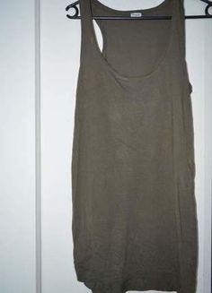 À vendre sur #vintedfrance ! http://www.vinted.fr/mode-femmes/debardeurs/25963576-debardeur-long-pimkie-vert-kaki-basic