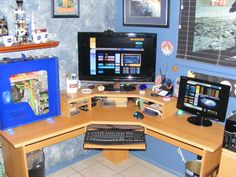 Dale Goldwater's Star Trek themed #PC #gaming #station