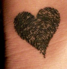 Thumbprint heart with the bookie;)..