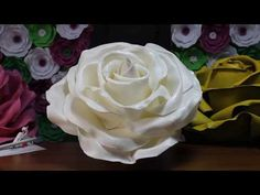 In my video I'll tell you how to make a giant foam flowers (giant roses) for a wedding backdrop (flowers wall). Crepe Paper Flowers Tutorial, Tissue Flowers, Paper Flowers Craft, Large Paper Flowers, Paper Flower Backdrop, Giant Paper Flowers, Big Flowers, Paper Roses, Flower Crafts