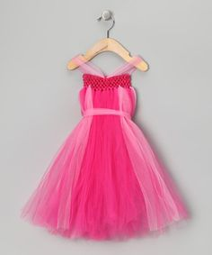 Diy dress up clothes...this looks like it'd be fairly simple to make. Might have to try it!