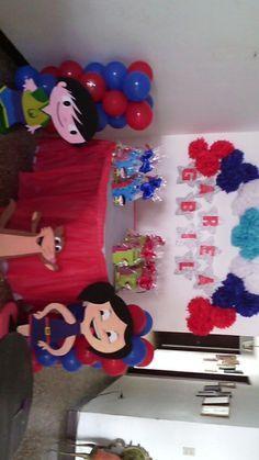 el mundo de luna - Buscar con Google Kids Party Themes, Party Games, Party Ideas, First Birthdays, Birthday Parties, Invitations, Google, One Year Anniversary, Ideas
