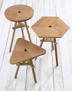 Mesas em madeira Sembol vendidas na @havanhome.