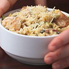 One-Pot Creamy Chicken Bacon Veggie Pasta