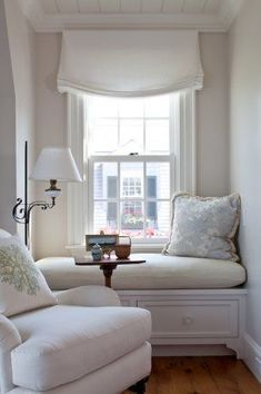 Bay Window Ideas - Surf pictures of living room bay window. Locate ideas as well as motivation for living area bay window to include in your very own home. Relaxed Roman Shade, Small Master Bedroom, Master Bedrooms, Dormer Windows, Bay Windows, Bedroom Windows, Cozy Corner, Cozy Nook, Home And Deco