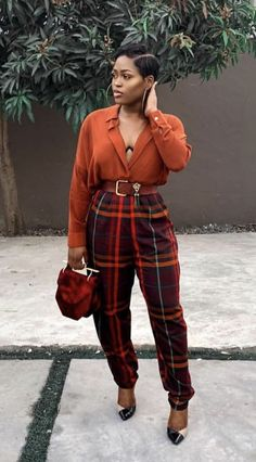 not a fan of the shoes, but love the rest! Classy Outfits, Chic Outfits, Trendy Outfits, Fall Outfits, Vintage Outfits, Black Girl Fashion, Look Fashion, 90s Fashion, Fashion Outfits