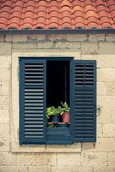 Dubrovnik, Croatia (I photographed this very same window!!)