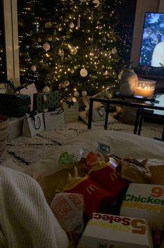 Cosy Christmas, Christmas Room, Christmas Wonderland, Christmas And New Year, Merry Christmas, Xmas, Christmas Aesthetic, Winter Time, Wonderful Time