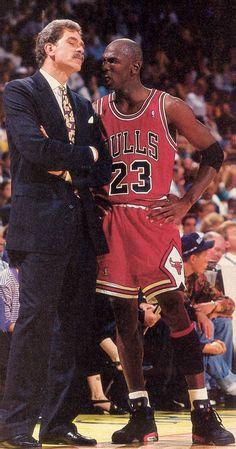 Phil Jackson and Michael Jordan Michael Jordan Pictures, Michael Jordan Photos, Michael Jordan Chicago Bulls, Michael Jordan Basketball, Basketball Pictures, Love And Basketball, Sports Basketball, Basketball Players, Soccer