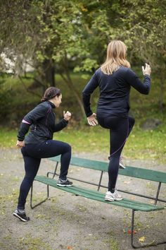 Strengthening Exercises to Prevent Knee Pain: Step-ups