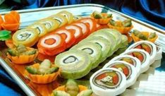 """Рулеты """"Калейдоскоп"""" Amazing Food Decoration, Cold Dishes, No Salt Recipes, Party Food And Drinks, Russian Recipes, Winter Food, Winter Meals, Unique Recipes, Salads"""
