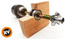 Woodworking Jigs, Diy Tools, Drill, Door Handles, Youtube, Home Decor, Lima, Bench, Furniture
