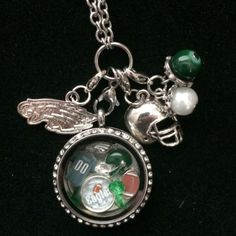This is a Inspired Memory Locket. This locket is a twist, not magnetic and stainless steel locket and chain.. So it will not just come open if you move the wrong way The locket is a 30mm (larger locke