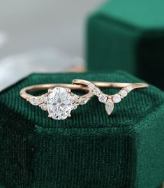 Oval Moissanite engagement ring set vintage unique rose gold | Etsy