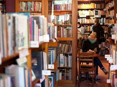 17 Spectacular Bookshops In Australia To See Great article but it didn't include Brisbane favourite, Black Cat Bookshop Brisbane Queensland, Brisbane News, Literary Travel, Australia Travel, Sydney Australia, Visit Australia, World Of Books, Big Books, Book Cafe