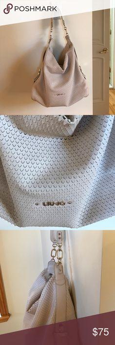 LIU JO BAG --- bought in Italy! LIU JO BAG--- Bought in Italy!!! Beautiful bag! Good condition! Liu Jo Bags