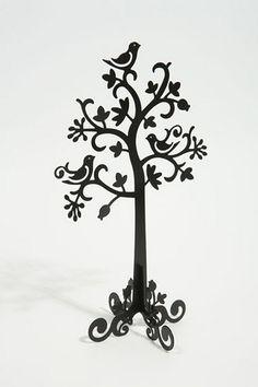 i love a sweet tree with birdies!