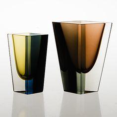Art Of Glass, Cut Glass, Vintage Design, Retro Vintage, Glass Design, Design Art, Charles Ray Eames, Bauhaus, Little Bit
