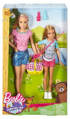 Camping Fun Barbie and Stacie dolls. Have picnic basket and fishing pole to join their sisters for a camping trip. Other sets sold separately. Barbie Playsets, Barbie Toys, Barbie Stuff, Ken Doll, Barbie And Her Sisters, Accessoires Barbie, Barbie 2000, Barbies Pics, Barbie Collection