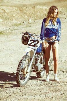 Beautiful Old Dirt Bike - Classic Beauty! Beautiful Old Dirt Bike – Classic Beauty! – Di More Beautiful Old Dirt Bike – Classic Beauty! Beautiful Old Dirt Bike – Classic Beauty! Yamaha Motocross, Dirt Bike Yamaha, Yamaha Bikes, Triumph Motorcycles, Dirt Bike Girl, Lady Biker, Biker Girl, Moto Cross Yamaha, Fille Et Dirt Bike