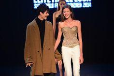 Vítězové světového finále Elite Model Look 2014: Barbora Podzimková (Česká republika) a James Richard Parker (Itálie) Strapless Dress Formal, Prom Dresses, Formal Dresses, Elite Model Look, Modeling, Fashion, Dresses For Formal, Moda, Formal Gowns