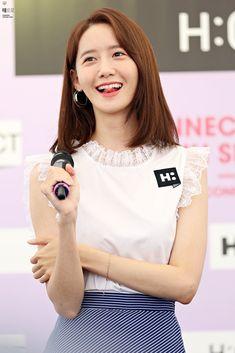 Yoona Donghae dating huhu