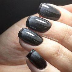 New French Manicure Designs to Modernize the Classic Mani ★ See more: http://glaminati.com/french-manicure-designs/