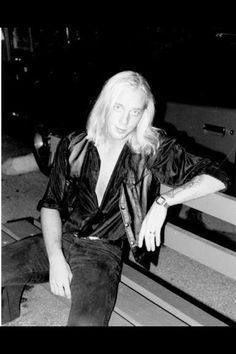 Jani Lane, Warrant. Jani Lane, 80s Hair Bands, Hes Gone, Glam Metal, 80s Music, Very Long Hair, Pretty Boys, Rock And Roll, Leather Jacket