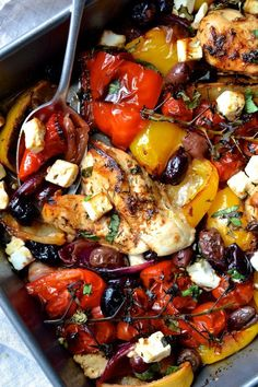 A super easy traybake packed with roasted peppers tomatoes olives red onion and chicken. It takes just 30 minutes to make! Easy Mediterranean Diet Recipes, Mediterranean Dishes, Mediterranean Chicken Bake, Cooking Recipes, Healthy Recipes, Free Recipes, Keto Recipes, Cooking Cake, Cooking Steak