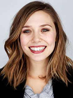 Elizabeth Olsen// With my favorite twins as older sisters, her style is amazing. One to watch! Elizabeth Chase Olsen, Elizabeth Olsen Scarlet Witch, Wanda Marvel, Olsen Sister, Mary Kate Ashley, 2015 Hairstyles, Medium Hair Cuts, Long Bob, Brunette Hair
