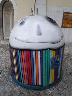 Another creative street artist... ;-)