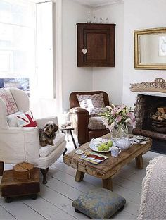 Vintage Mix- Cute & Simple Living Room Idea