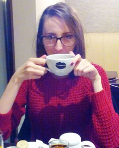 Photos from a few months ago ... I miss our gatherings #oldpic #love #blog #blogger #busyskinnystyle #fashion #fashionista #fashionable #stylist #style #stylish #cafe #glasses #gathering #capuccino by busyskinny