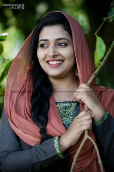 Anu Sithara In Neeyum Njanum Movie 1 Beautiful Muslim Women, Beautiful Girl Indian, Most Beautiful Indian Actress, Beautiful Actresses, Most Beautiful Faces, Beautiful Smile, Beauty Full Girl, Beauty Women, Bun Hairstyles For Long Hair